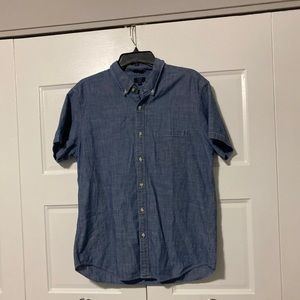 J Crew Chambray Button Up Men
